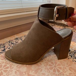 New Peep Toe Dress Sandal Heeled Bootie In Taupe